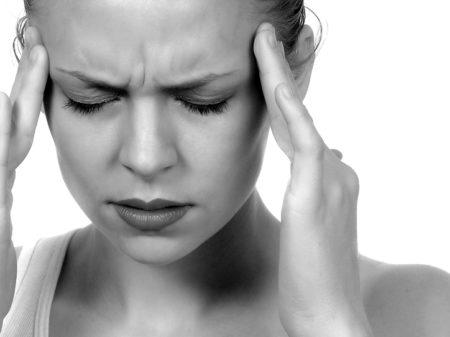 コメカミ頭痛