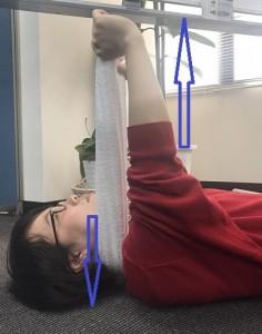 緊張型頭痛 簡単即効ストレッチ体操 タオル 首