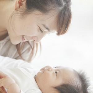 産後の女性 尿漏れ 仙骨痛