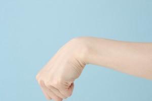 腱鞘炎 手首 親指の付け根 痛み